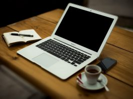 Trabajar en la oficina con las mejores herramientas digitales
